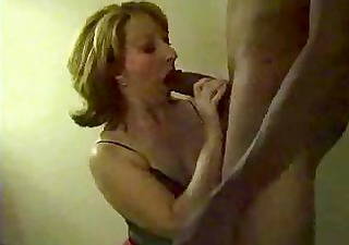 horny mature aunty fucking with dark lad