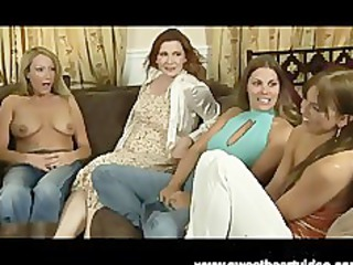 two d like to fuck lesbian babes rub pussy til