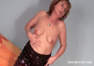golden-haired lewd mature pleasuring her hungry
