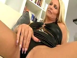 sexy euro blonde milf cougar winnie