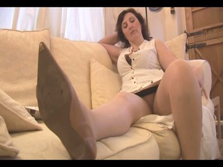 busty mature d like to fuck panty tease and