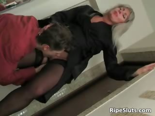blonde mommy clothed in sexy underware part3