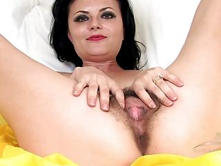mature bushy vivienne squirts on the daybed