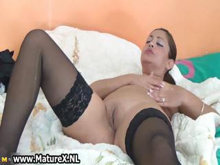 thick mature housewife in hawt black part10