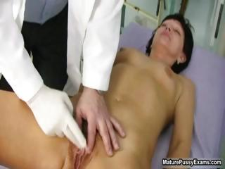 old doctor inspecting a hairy mature mommy part3