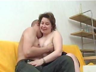 russian mamma gets ass pumped russian cumshots