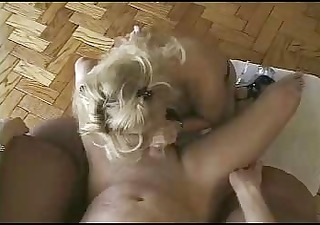 mother i blowjob &; cumshot-2