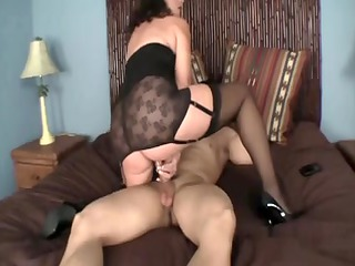 mother id like to fuck in glamorous lingerie