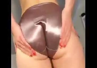 ass panty shake