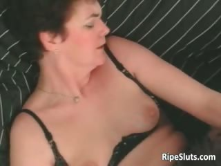aged doxy gets soaked pussy licked dry part8