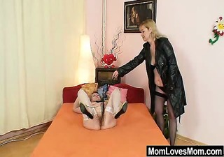 amateur wives fucking every other with a rubber