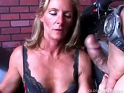 gorgeous mother i in nylons acquires shafted