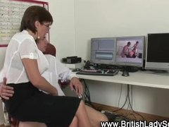 british mature slut lady sonia cook jerking
