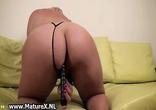 mature european woman engulfing part10