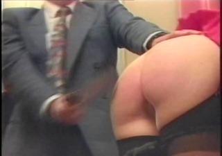 teacher spanks 7 students