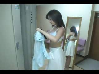 japanese hawt mother i in locker room x zerone3x